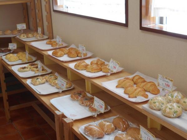 『小麦畑 パン』の画像