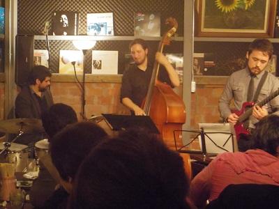 『Jazz Live Spot Village-ライブ1』の画像
