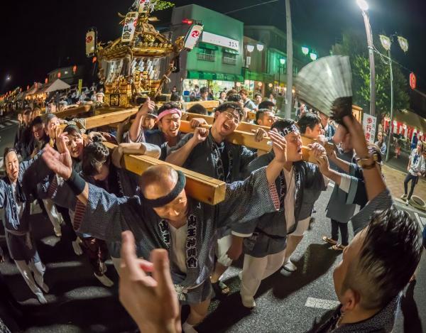 『気勢を上げる 岩瀬駅前20180722 中根 英治 優秀賞』の画像